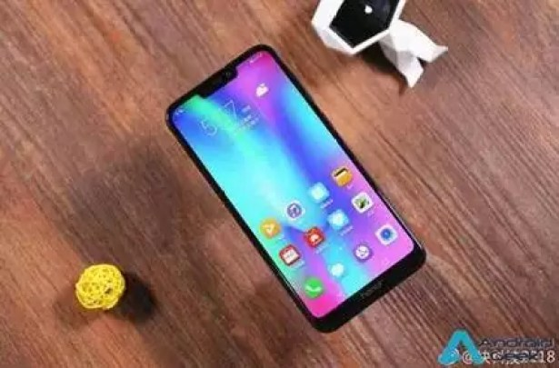 Honor 8C é oficial: primeiro telefone Snapdragon 632, começa em €136 2