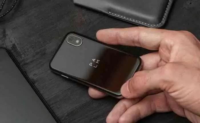 """Palm regressa em """"grande"""" com um pequeno Android de 3 polegadas 4"""