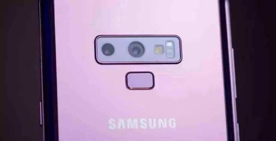 Samsung Galaxy S10 e smartphone dobrável referidos num relatório 1