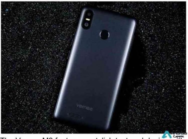 """Vernee M3 em pré venda oficial a um preço surpreendente, câmera dupla 13MP, 5.5"""" e Android 8.1 3"""