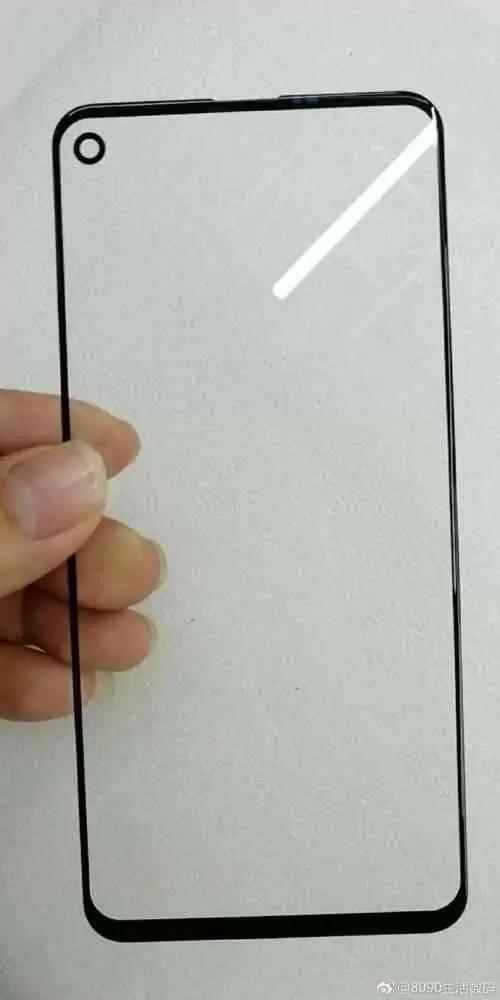 Nova fuga de informação mostra o vidro Infinity-O do Galaxy A8 e o seu buraco para a câmara selfie 2