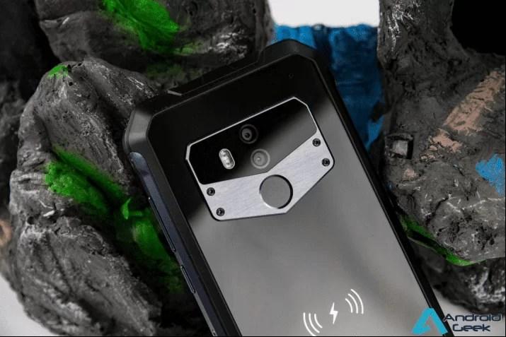 Fogo e Gelo este telefone resiste a tudo. OUKITEL WP1 com 5000mAh responde a desafios de atualização 2