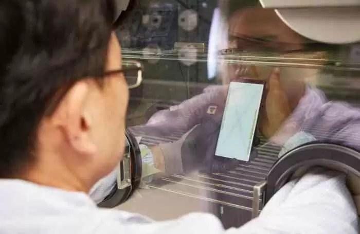 Samsung publica fotos dos seus laboratórios: estes são os testes Galaxy 7