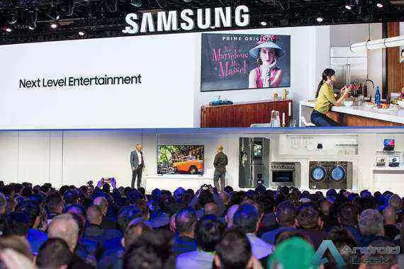 CES2019 Samsung Press Conference_Smart TV_Universal Guide Demo.jpg
