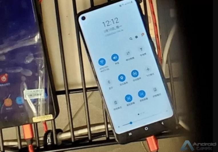 Alegado Samsung Galaxy A60 aparece em novo vídeo 1