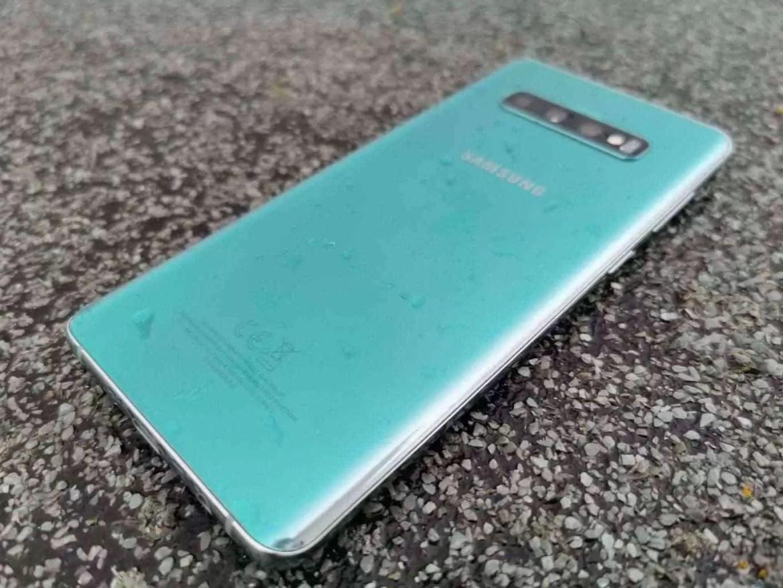 Análise Samsung Galaxy S10 Plus: Um ecrã mágico, câmaras impressionantes e uma bateria incrível. Mas não é só 4