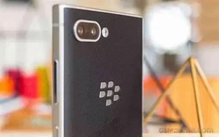 Não há planos para o telefone BlackBerry 5G tão cedo, diz o executivo da TCL