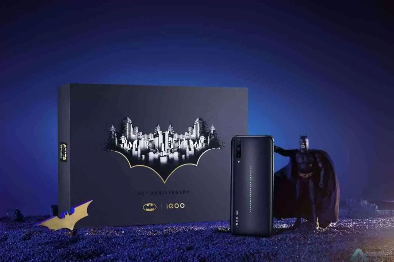 vivo lança edição limitada do iQOO Pro 5G para comemorar o 80º aniversário do Batman 2