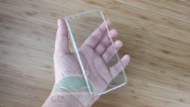 Xiaomi Mi 6 Plus tem segredos desvendados por capa de silicone 1