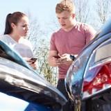 Handy am Steuer: Unfallvideos zeigen das Risiko