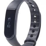 Ein Fitness-Armband mit Touch-Display für nur 50 Euro