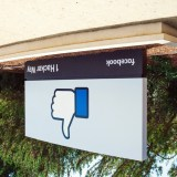 """Der erste Schritt zum """"Gefällt mir nicht""""-Button? Facebook testet Downvote-Funktion"""