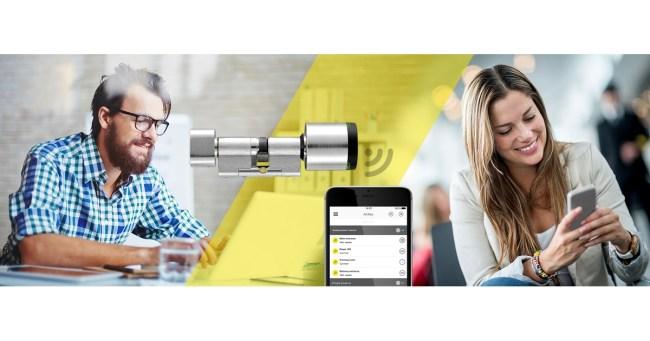"""Die neue """"Send a Key""""-Funktion von """"AirKey"""" ermöglicht es dir, eine Zutrittsberechtigung übers Internet an ein beliebiges Smartphone zu schicken. (Grafik: EVVA)"""