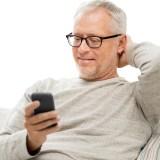 Smart im Rentenalter: Dinge, die Senioren per Smartphone erledigen können
