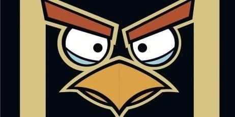 Logo de Angry Birds en el morro de los Lotus F1 Team