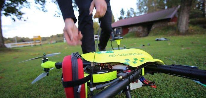 Drone con desfibrilador
