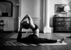 Yoga retreat in Oxfordshire with Mischa Varmuza