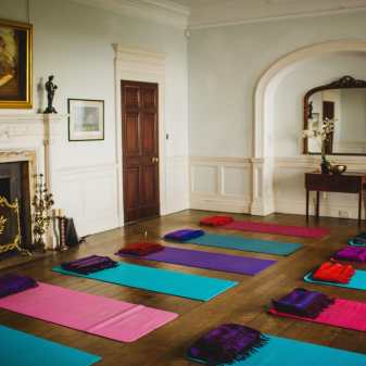 Poundon-House-Yoga-Retreat_Eneka_Stewart