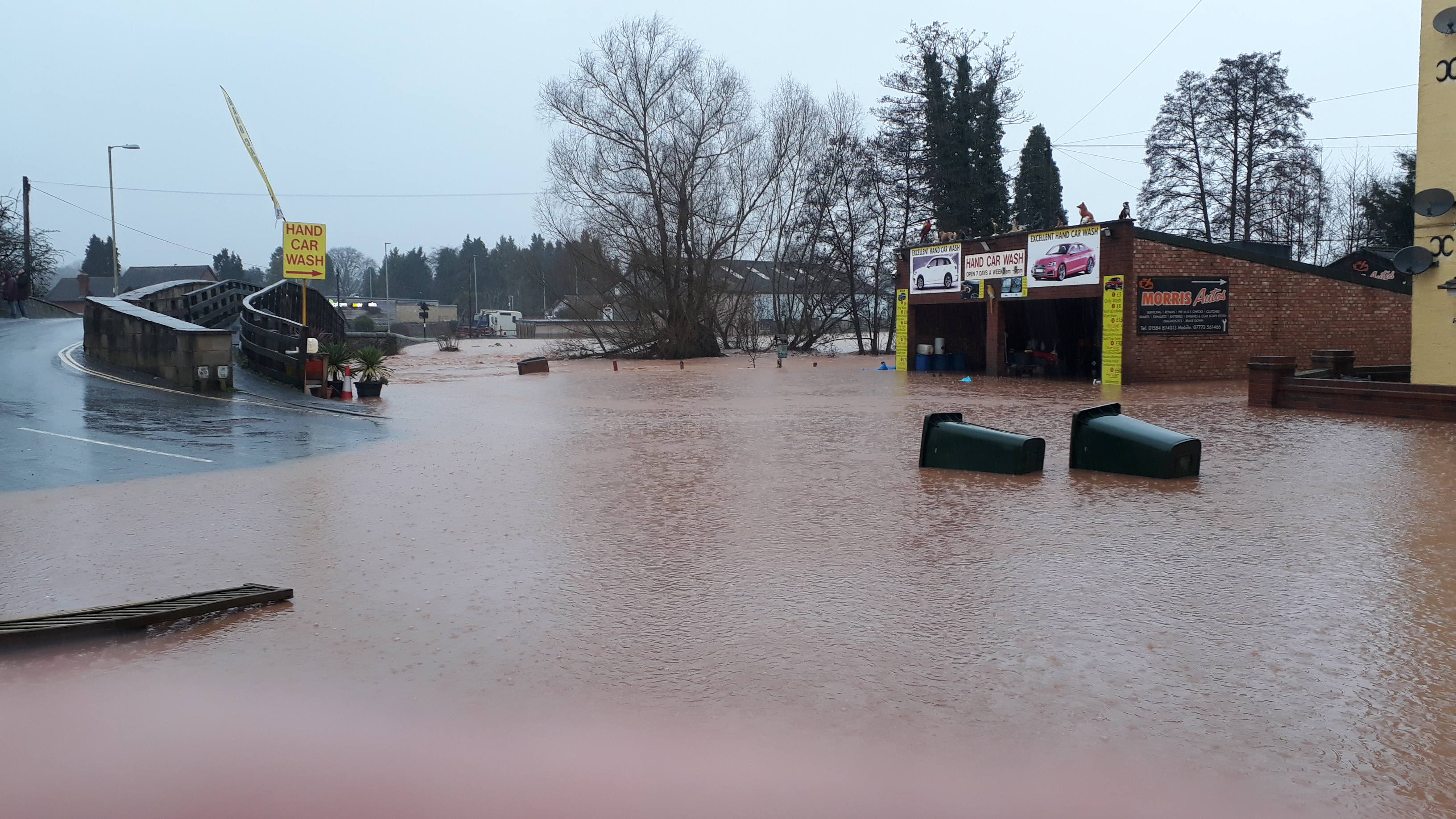 New flood warning for Teme Saturday into Sunday – Shropshire Council is delivering sandbags