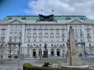 Photo of former Kriegsministerium building in Vienna