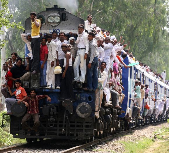 AYT Kashmir to Kanyakumari is the longest rail route in India