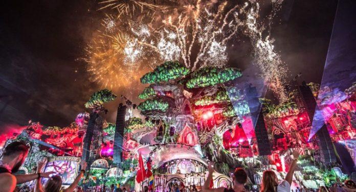 Tomorrowland-2016-Escenografia-860x464