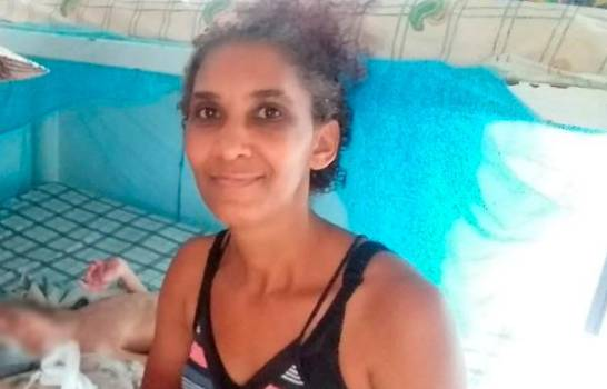 Madre de niño con parálisis solicita ayuda para lidiar con gastos de su condición