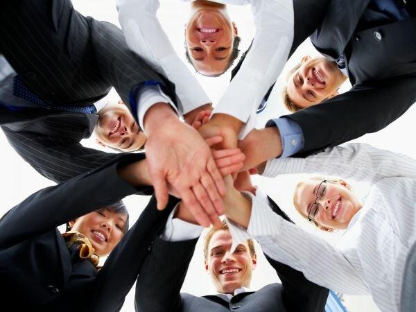 Crea equipos de trabajo para motivar a tus empleados