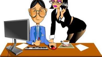 Чем отличается хорошая секретарша от очень хорошей? - Анекдоты