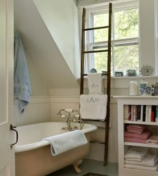 click-pic-for-18-diy-bathroom-storage-ideas-vintage-ladder-as-towel-rail-bathroom-organization-ideas