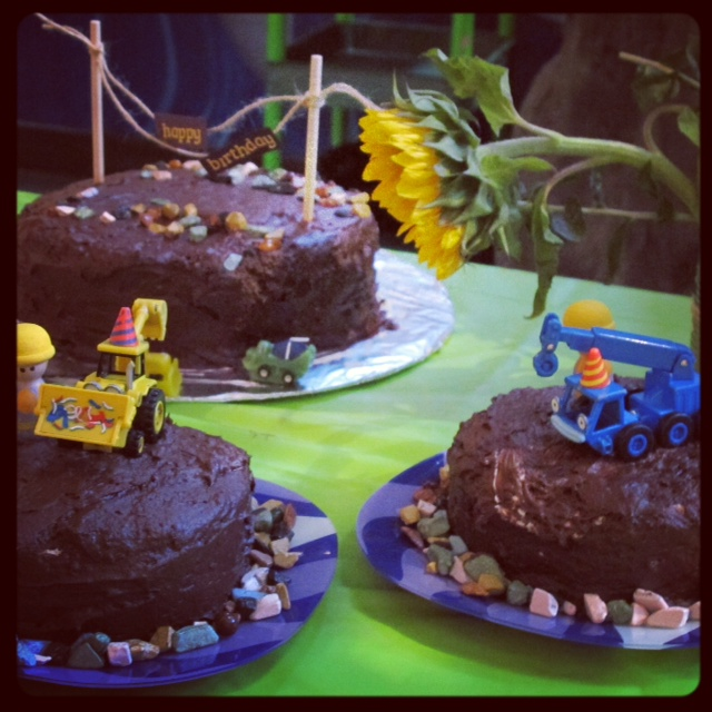 bob the builder themed party for kids with candy rocks and toys to decorate the cake