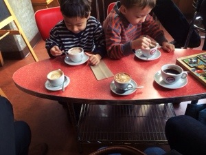 kids' table at espresso vivace seattle