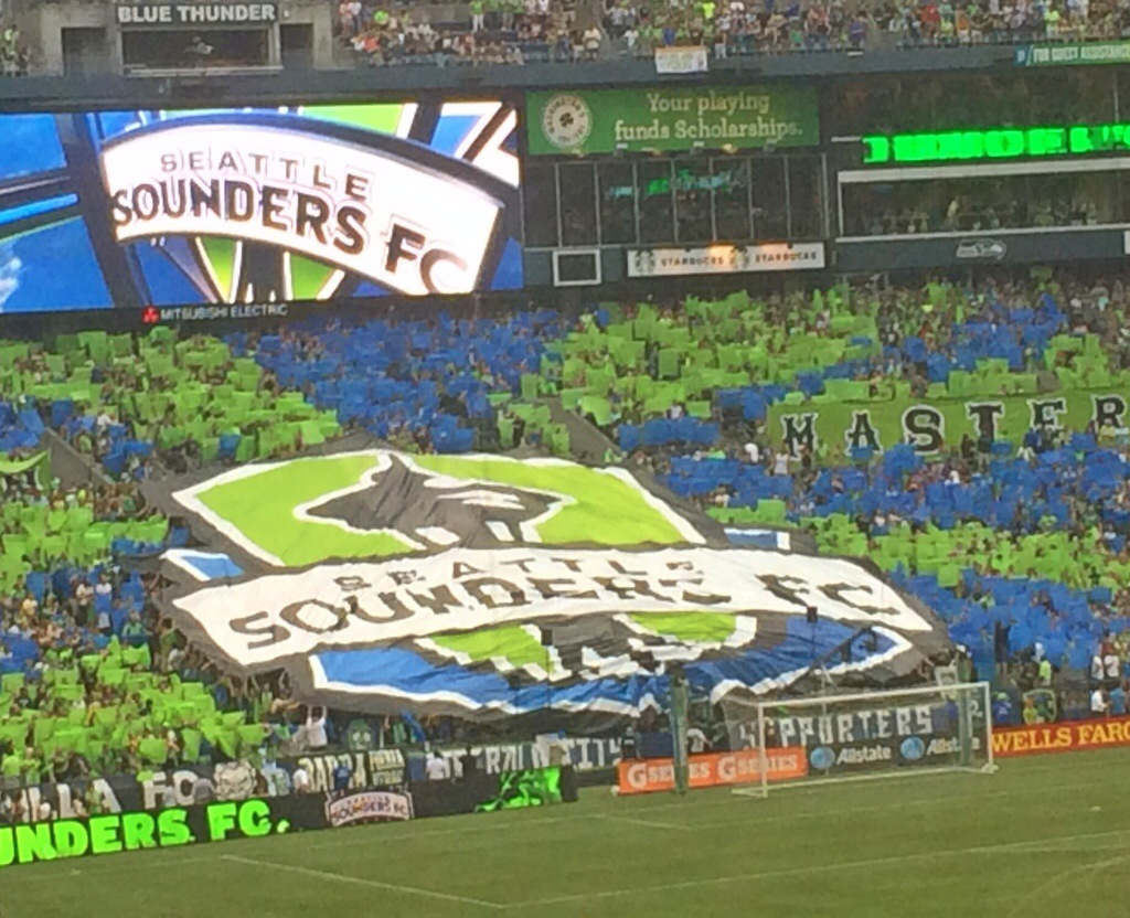 seattle sounders with kids