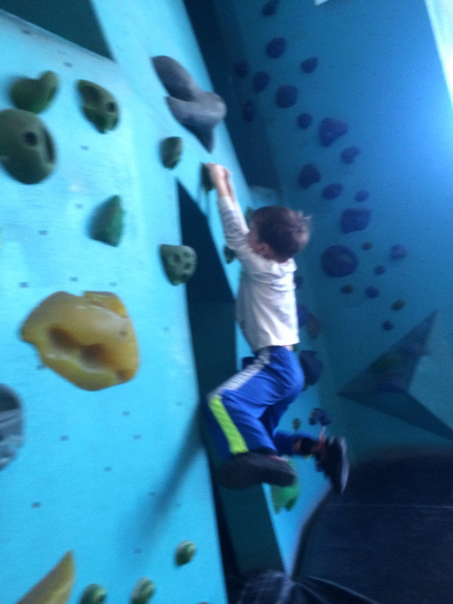 A place that makes my family feel strong (Seattle Bouldering Project)