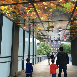 Free Chihuly Art exhibit in Tacoma: the Bridge of Glass