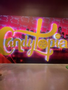 Visting Candytopia in San Francisco all by myself on a free day in the city