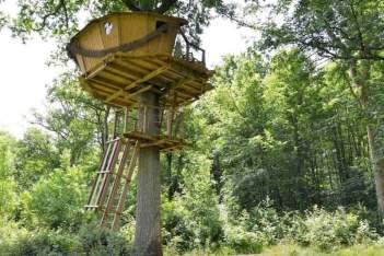 Besondere-Airbnb-unterkünfte-in-Europa-Baumhaus-Frankreich