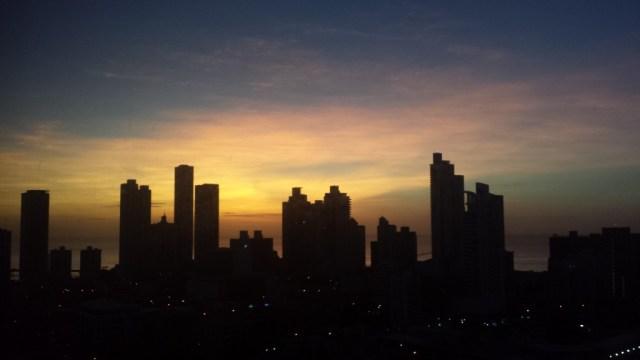 View ud over Panama fra lejlighed solopgang