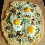 Breakfast Pizza with Cornmeal Crust {Recipe}