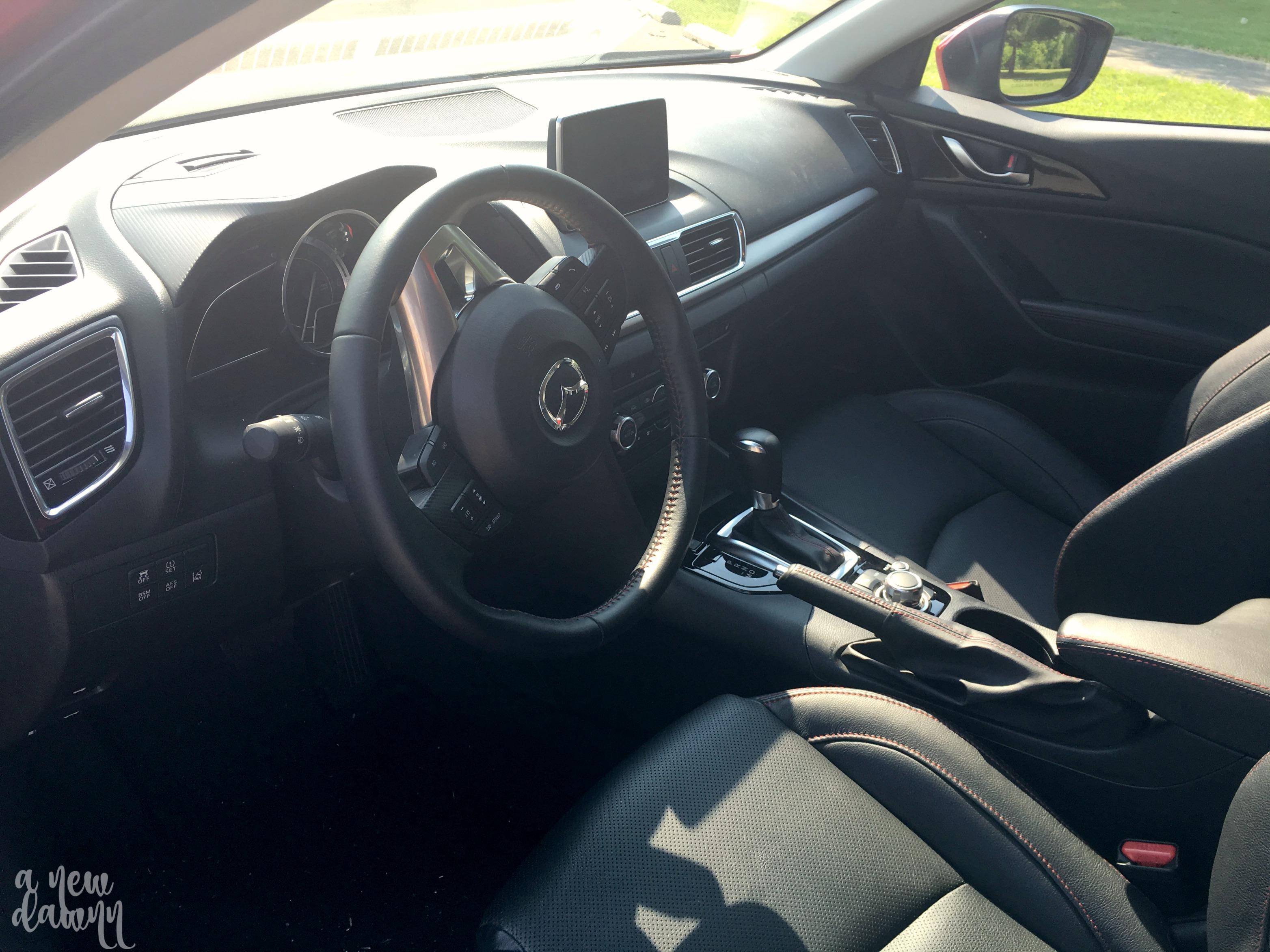 mazda-3-front-seats