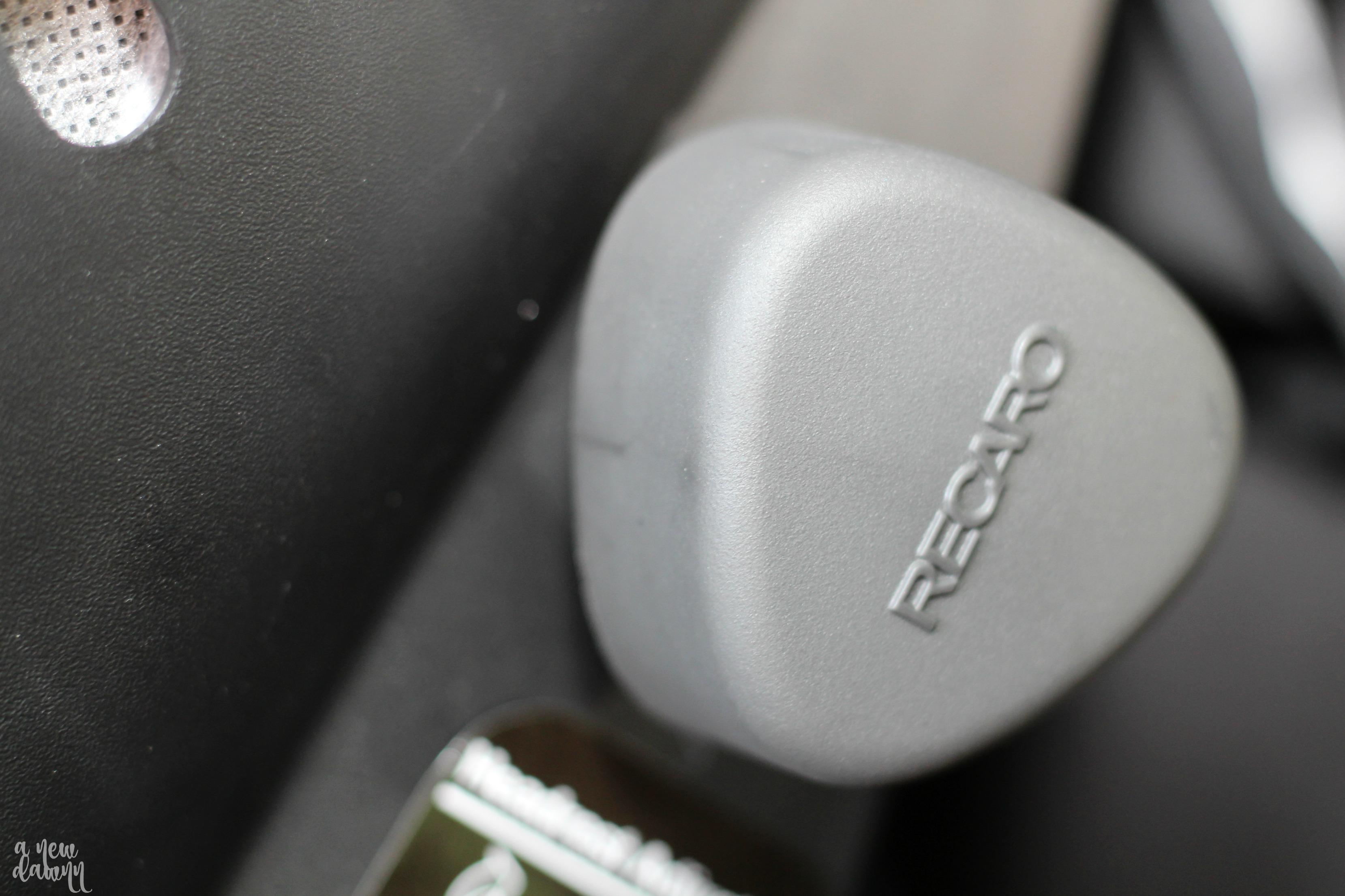 recaro-adjust-knob