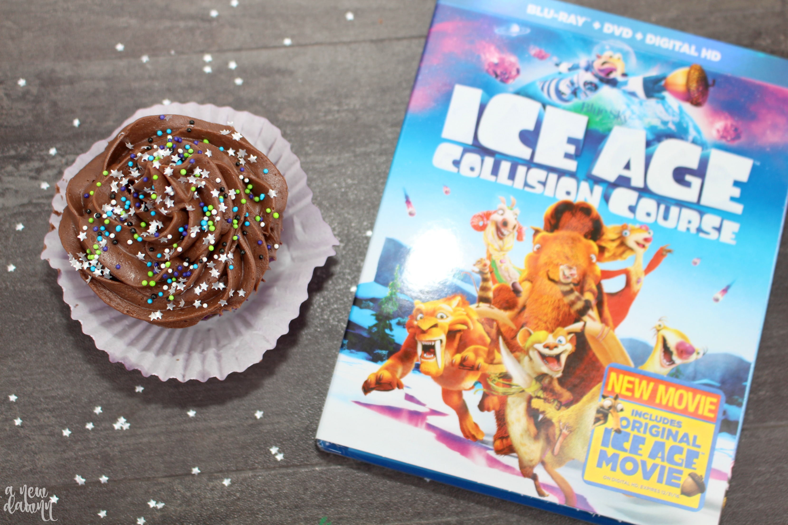 Age: Collision Course Galactic Cupcakes Recipe & Movie