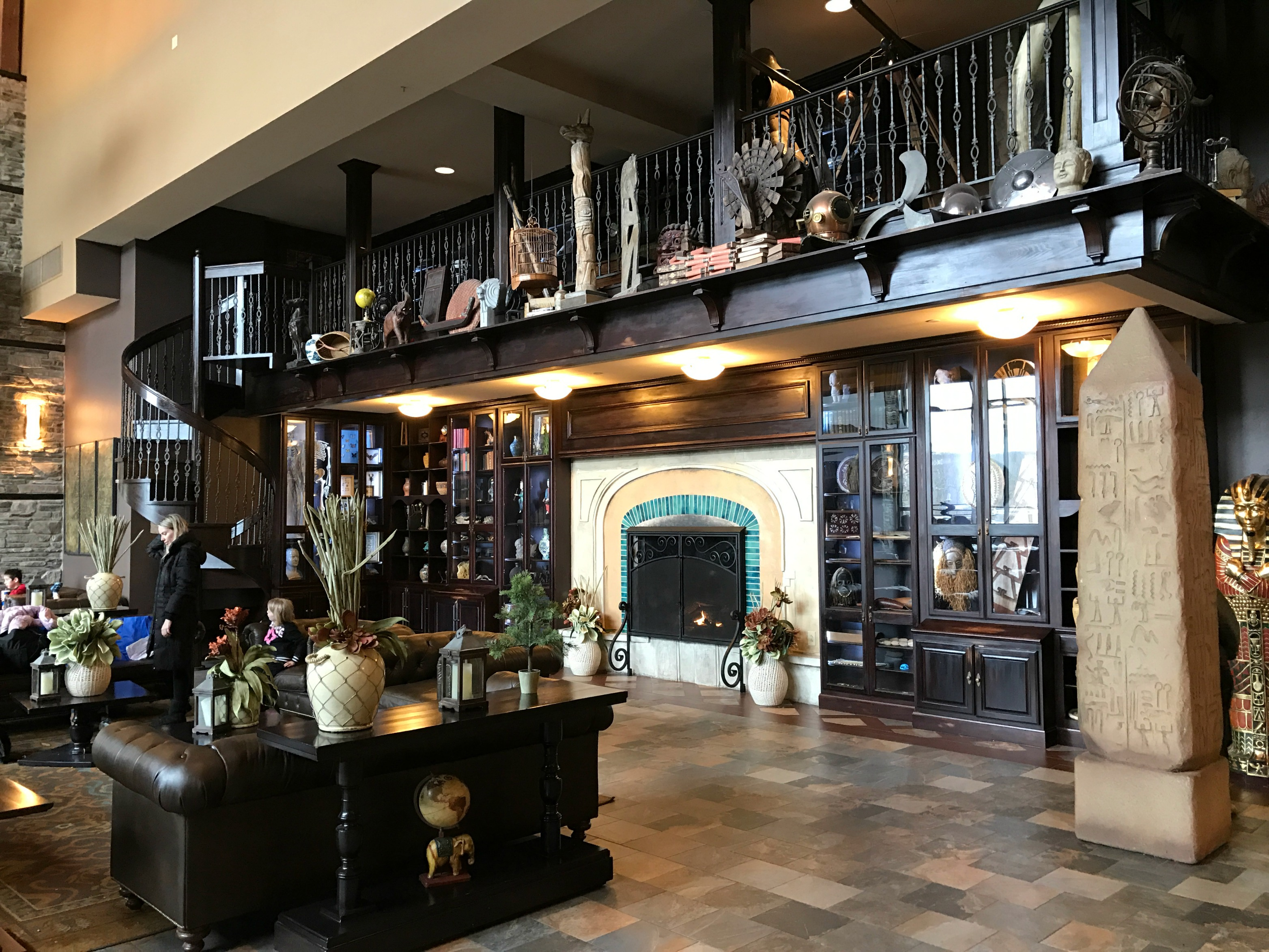 Camelback Lodge - The Perfect Destination for a Family Getaway
