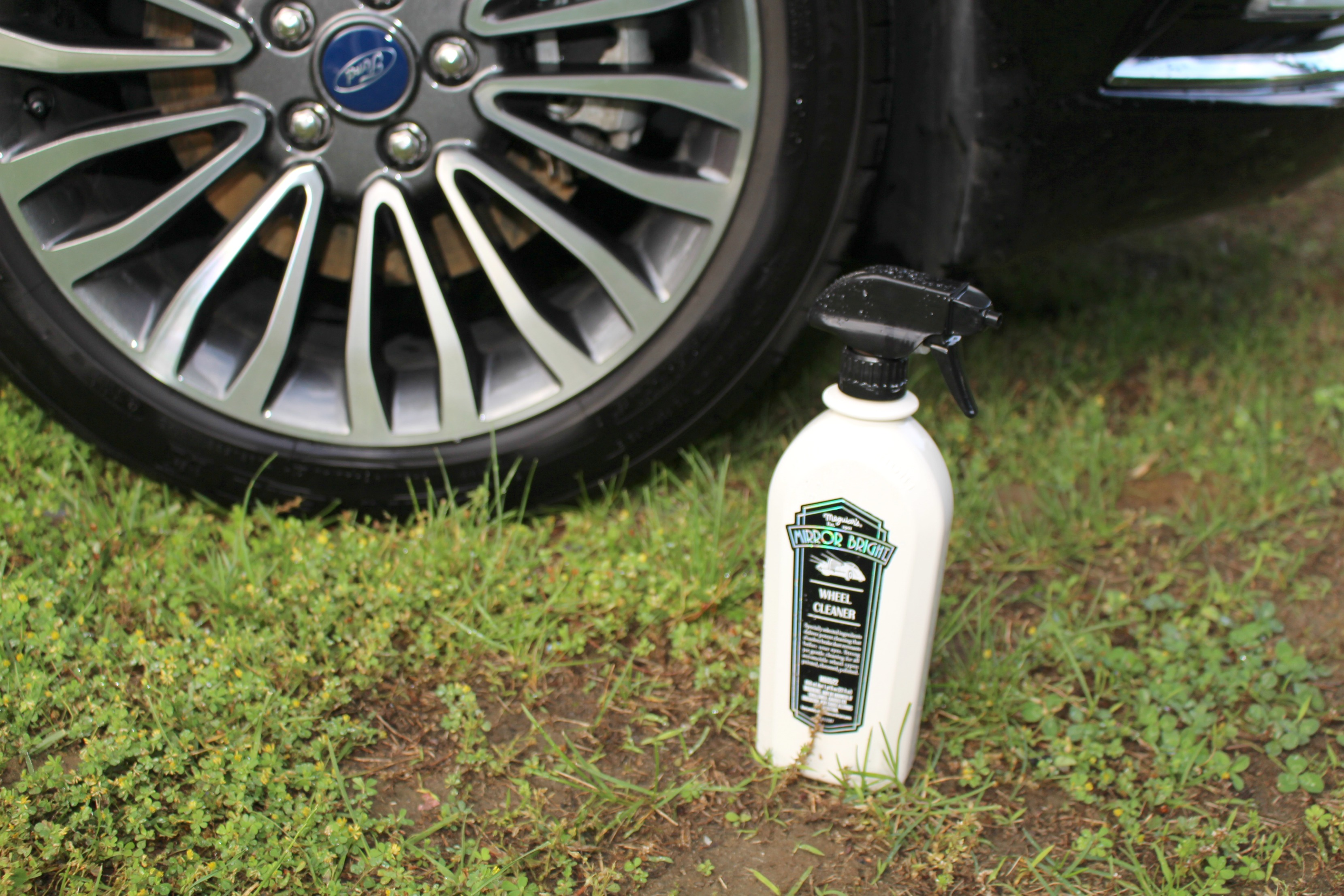 Keep Your Car Looking Great this Summer with Meguiar's Mirror Bright Collection