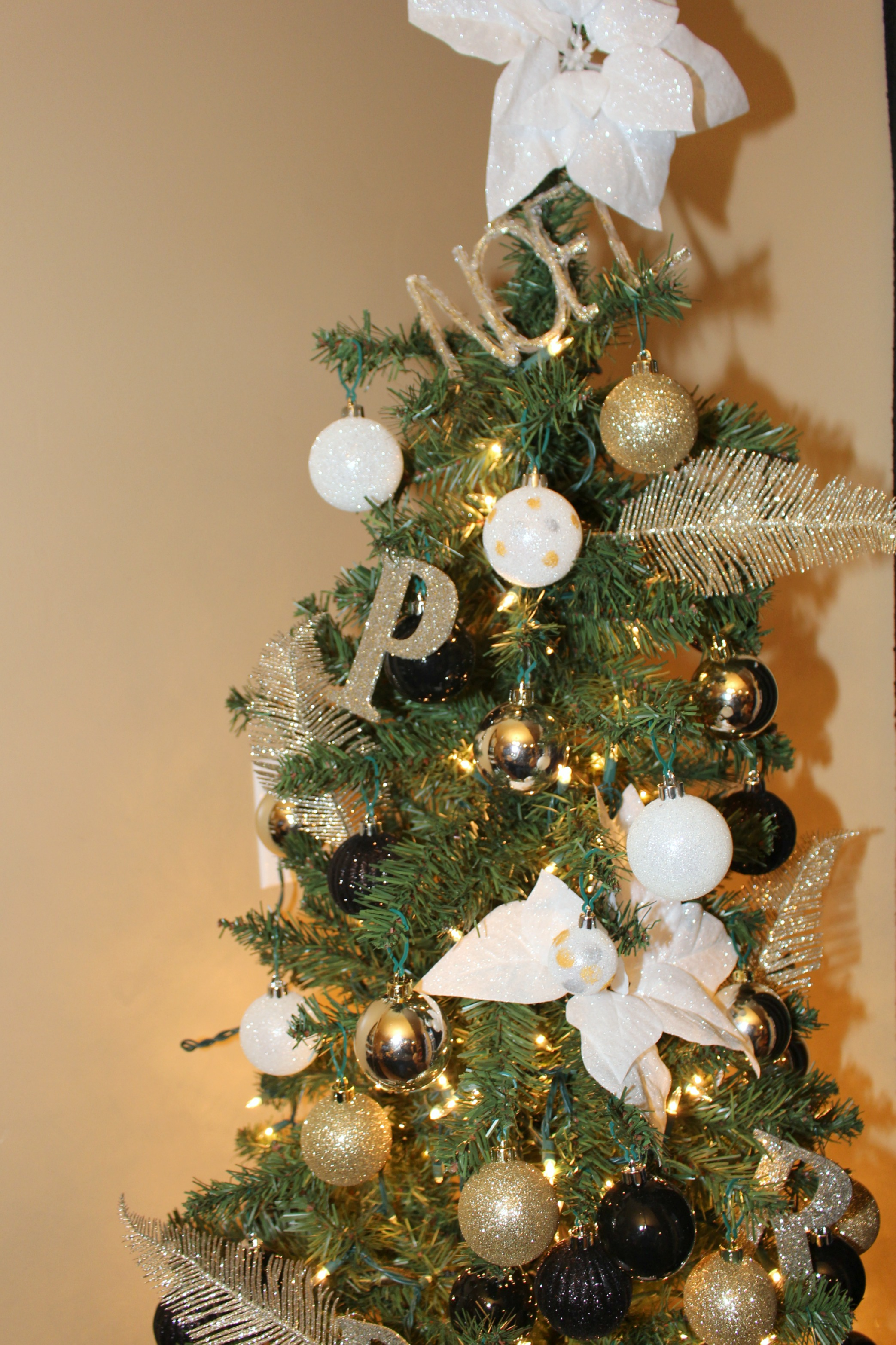 DIY Gold and Silver Christmas Ornaments