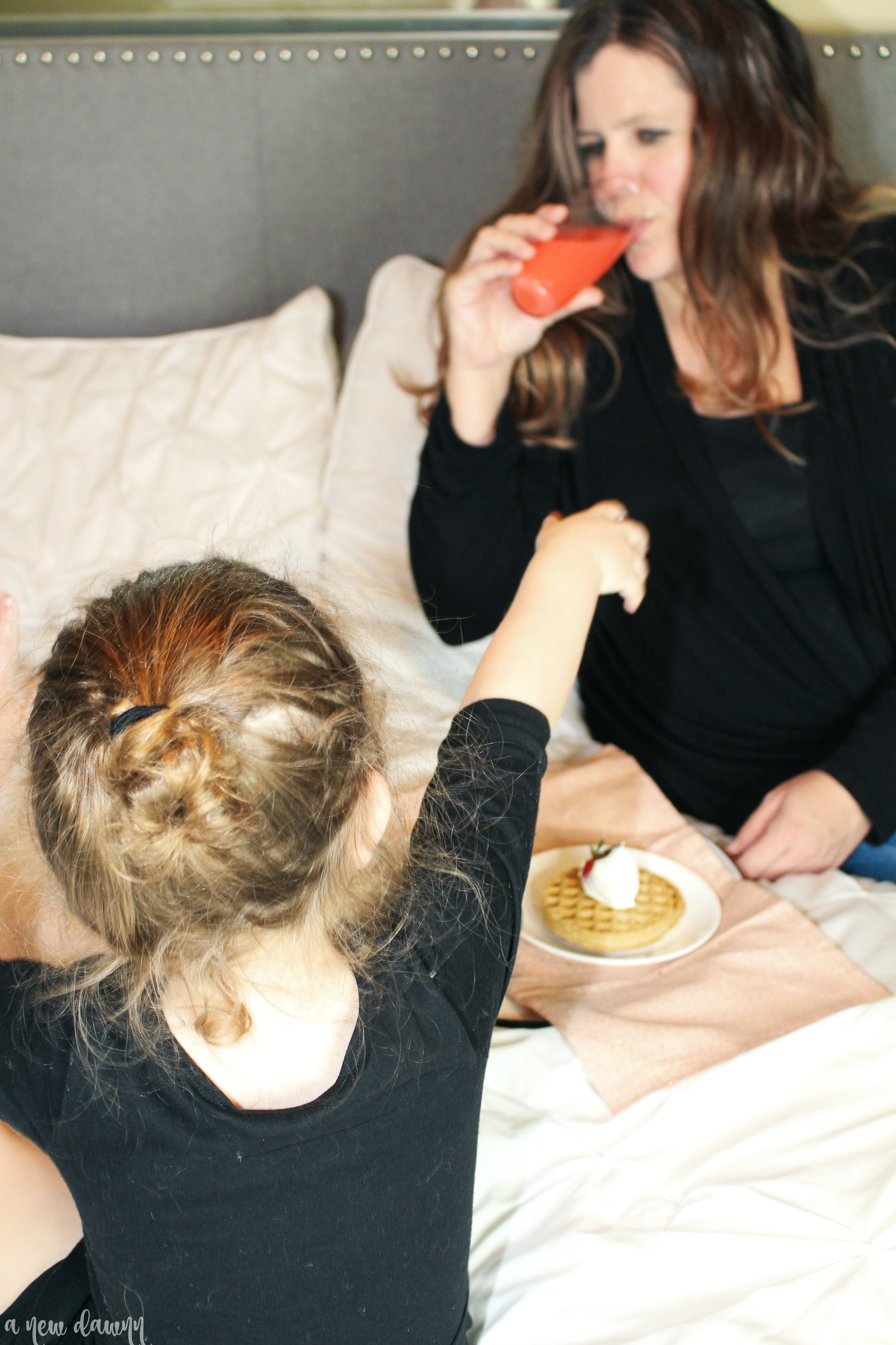 4 Breakfast in Bed Ideas for Mother's Day