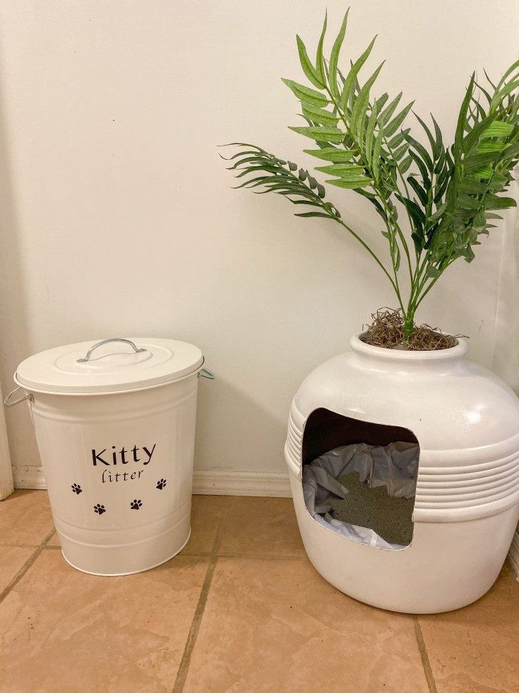HOW TO MAKE A FARMHOUSE INSPIRED CAT LITTER STORAGE CONTAINER
