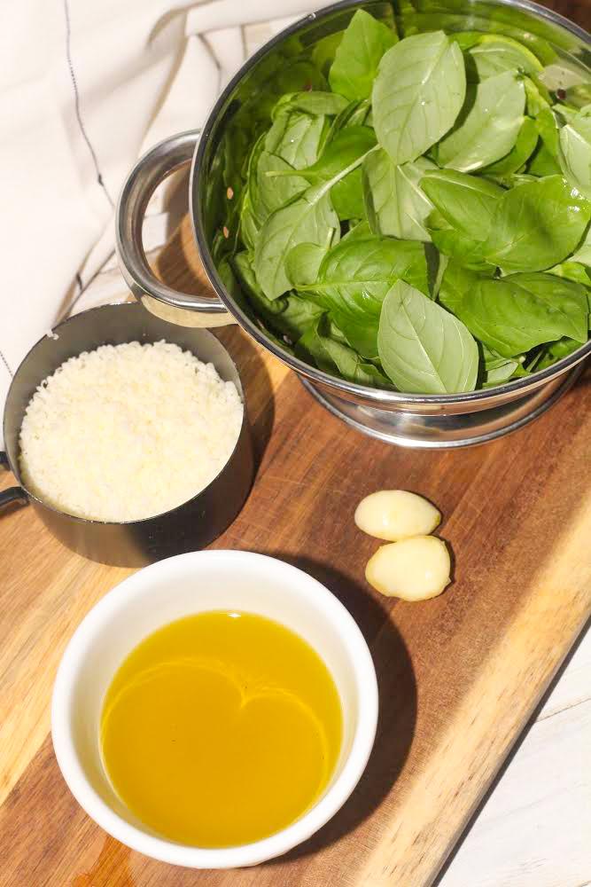 nut free pesto ingredients