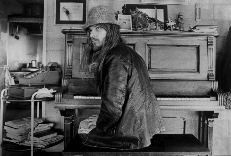 Leon Russell 1970 a poem is a naked person