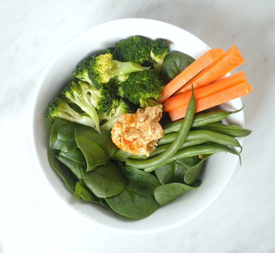 Revitalizing Raw Lunch Bowl